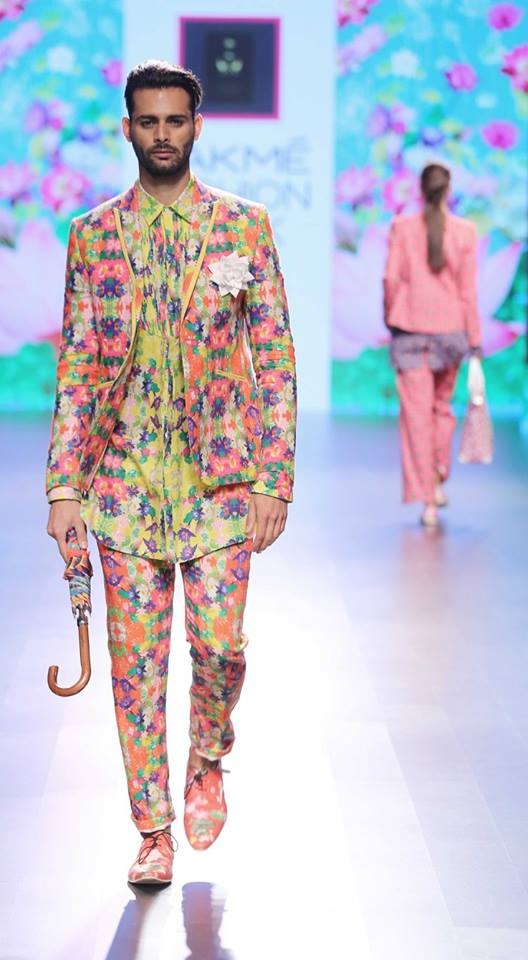 Ajay Kumar-at-lakme-fashion-week-16-11