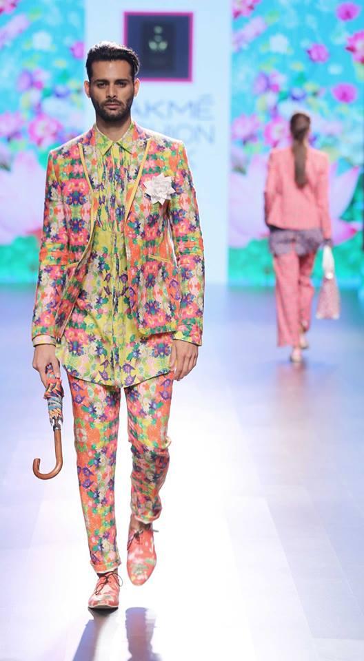 Ajay Kumar-at-lakme-fashion-week-16-11
