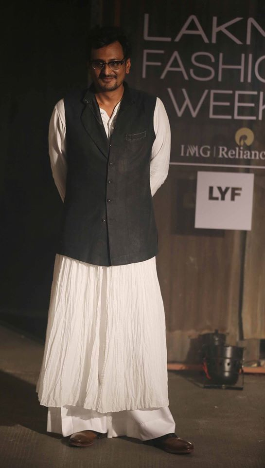 Anand Kabra-lakme-fashion-week-2016-Anand Kabra-lakme-fashion-week-2016-17