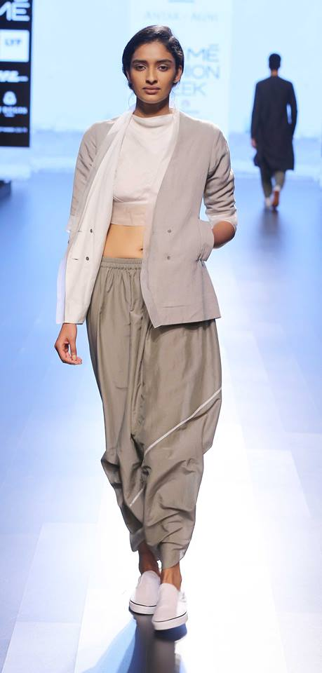 Antar-Agni-lakme-fashion-week-2016-14