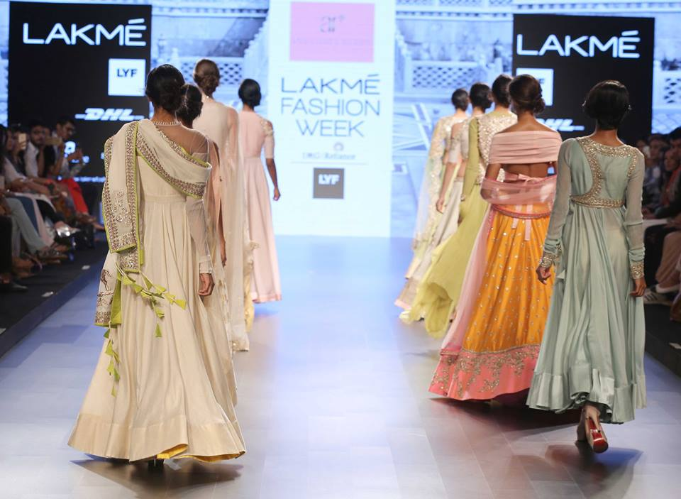 Anushree Reddy-at-lakme-fashion-week-16-16