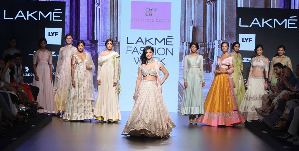Anushree Reddy-at-lakme-fashion-week-16-17