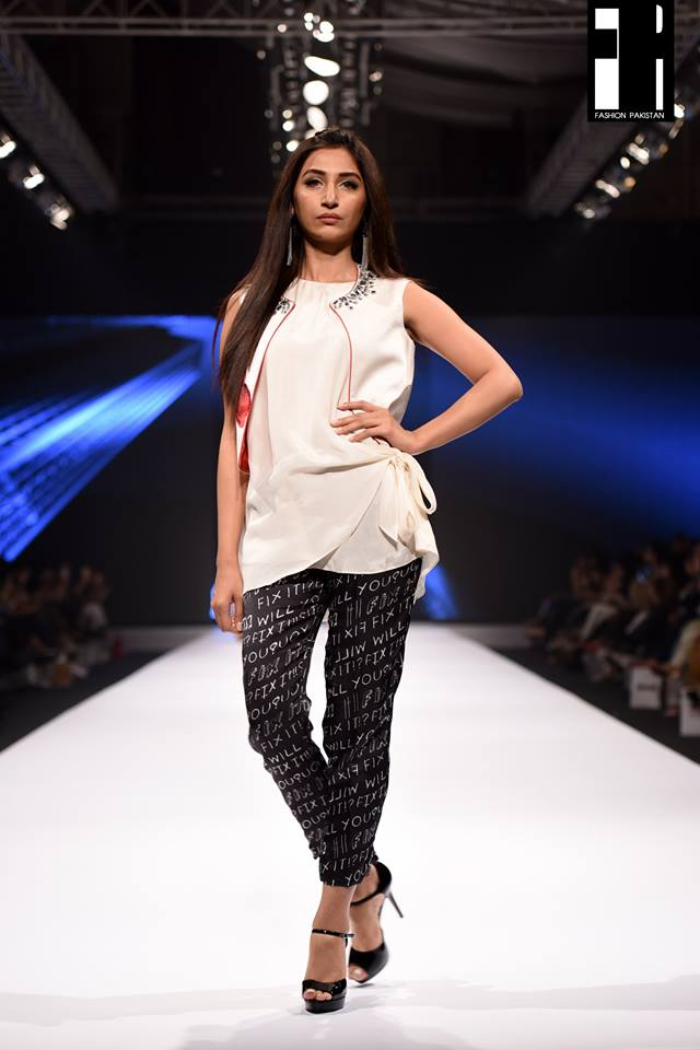 Deepak Perwani-collection-at-fashion-pakistan-week-20