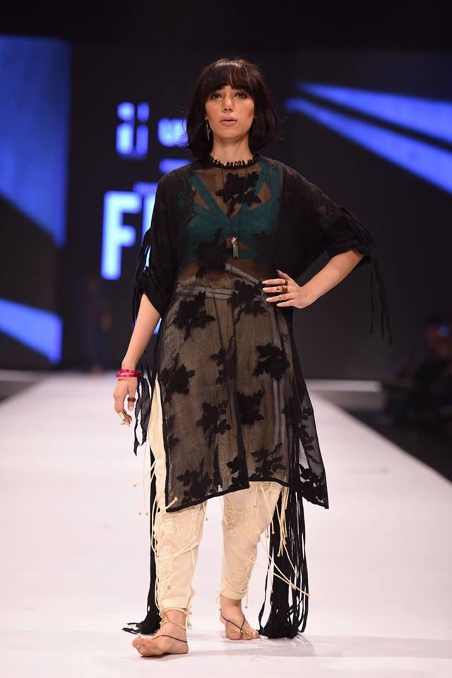 Generation-at-fashion-Pakistan-week-13