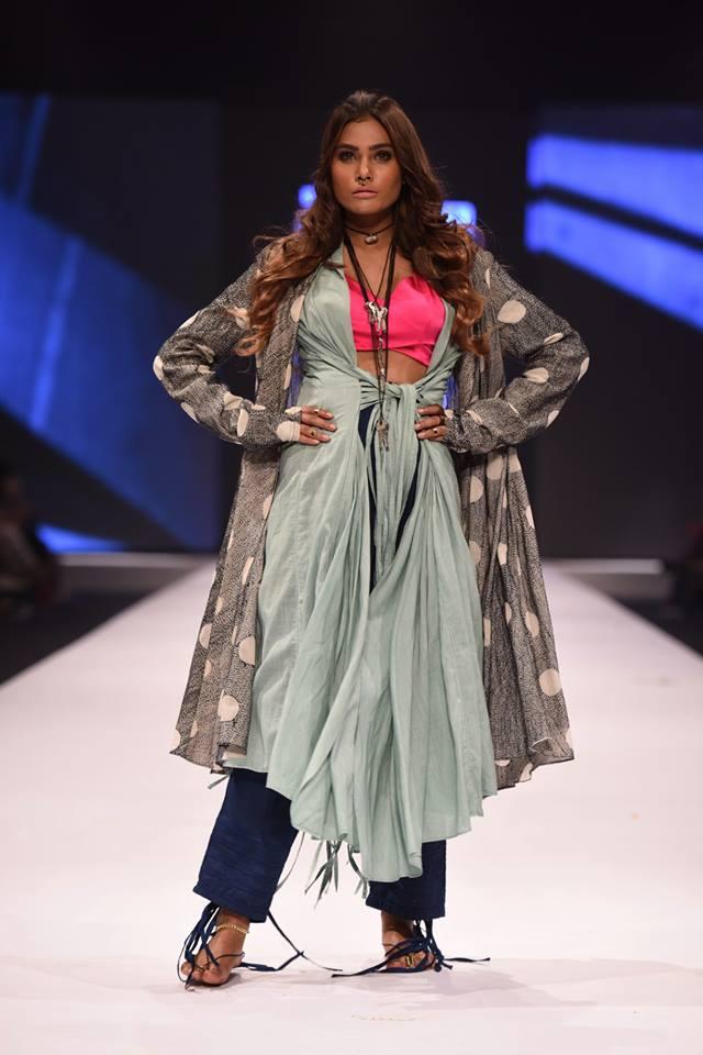 Generation-at-fashion-Pakistan-week-16