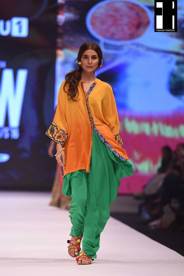 Gul-Ahmed-at-fashion-pakistan-week-15
