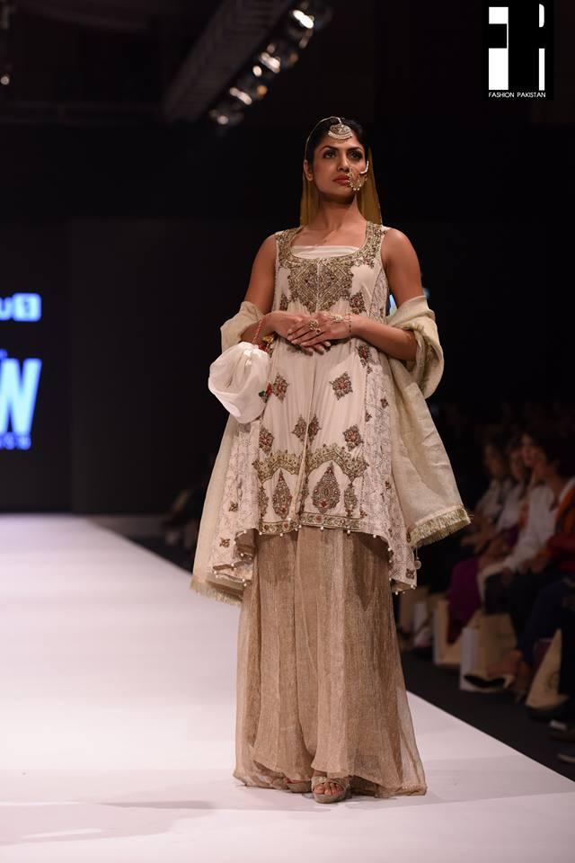 Kayseria-collection-at-fashion-pakistan-week-17