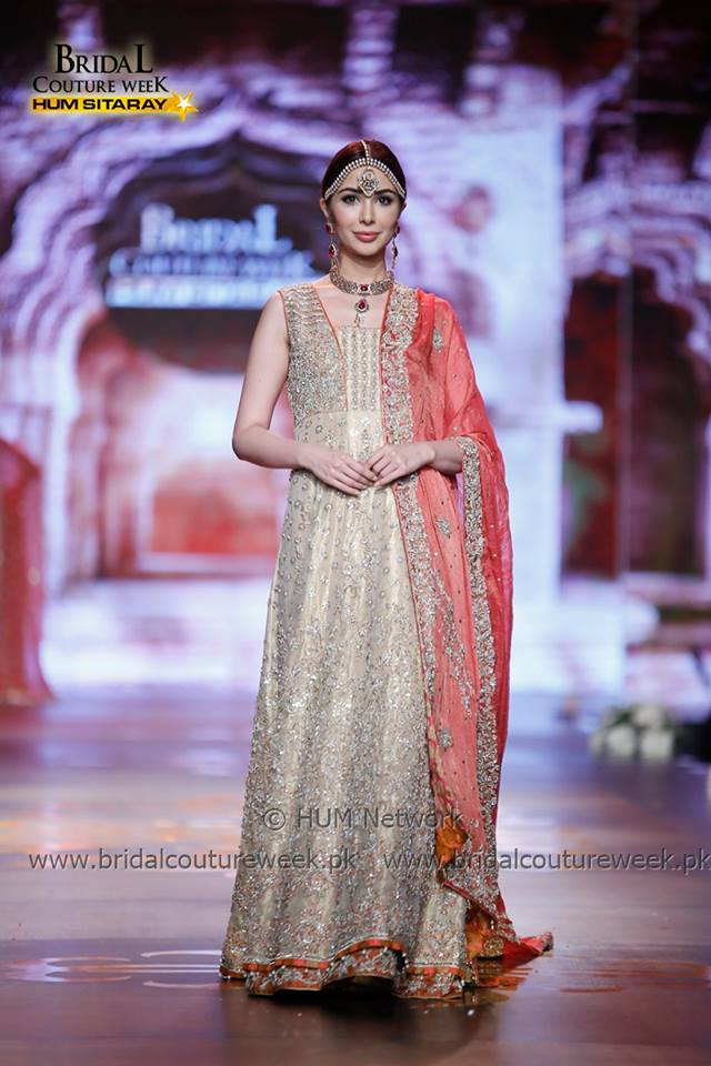 AISHA IMRAN-bridal-collection-at-bridal-couture-week-gold-18
