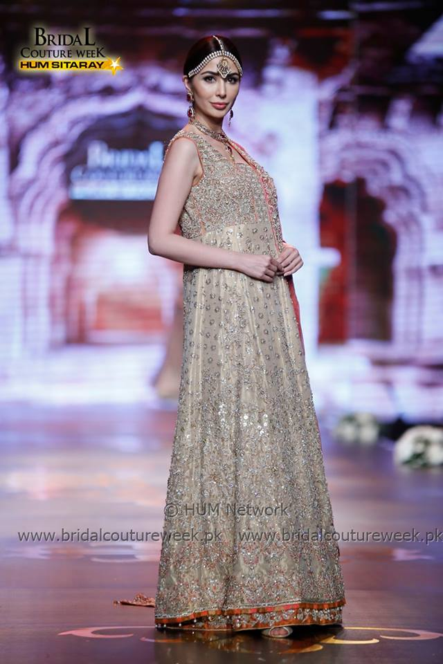 AISHA IMRAN-bridal-collection-at-bridal-couture-week-gold-19