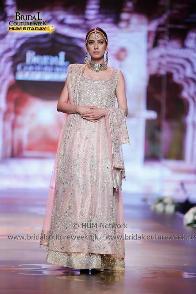 AISHA IMRAN-bridal-collection-at-bridal-couture-week-gold-20