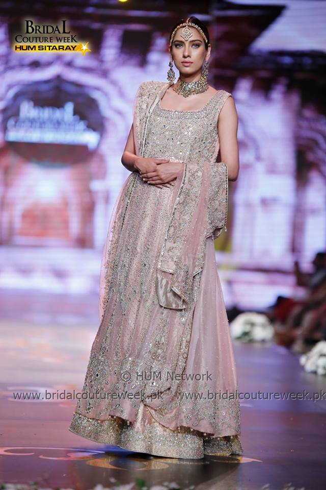 AISHA IMRAN-bridal-collection-at-bridal-couture-week-gold-21
