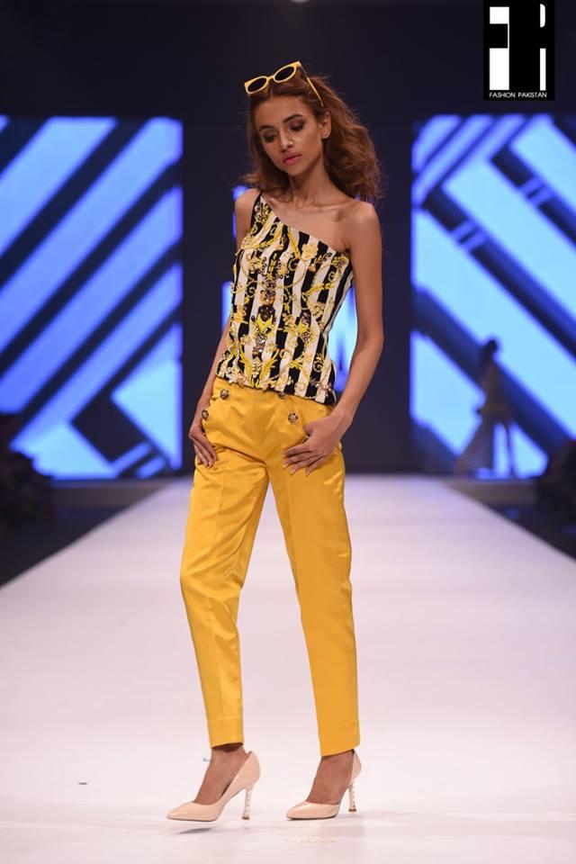 Aamna Aqeel-collection-fashion-pakistan-week-10