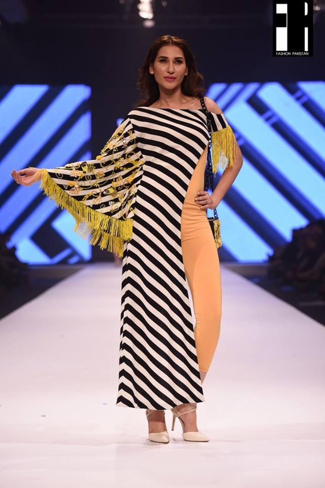 Aamna Aqeel-collection-fashion-pakistan-week-9