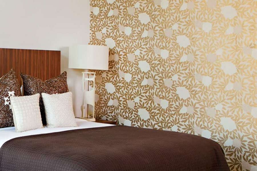 Bedroom wallpaper designs 6 pk vogue for Bed wallpaper design