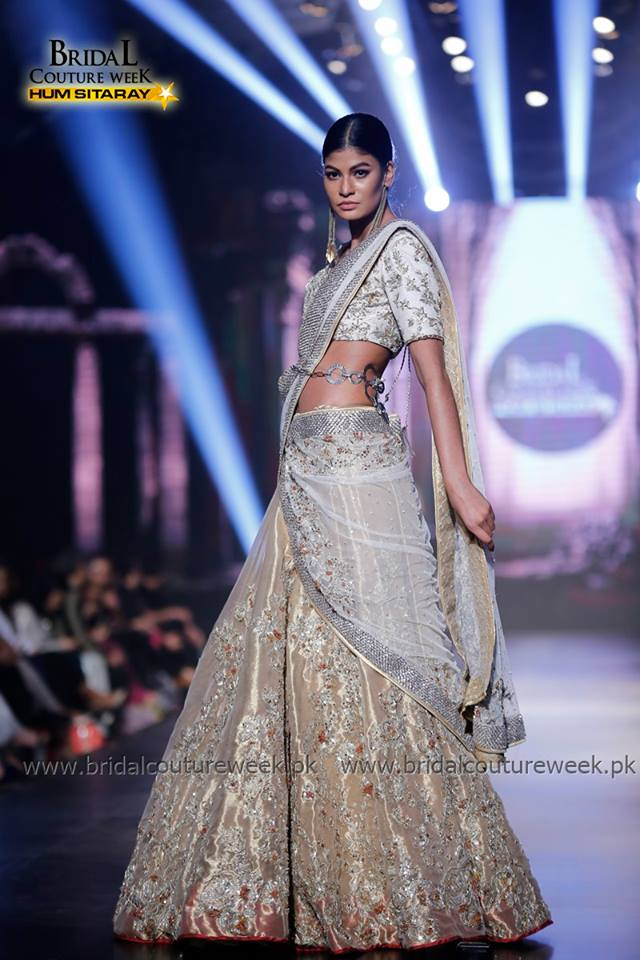 ERUM-KHAN-BRIDAL-COLLECTION-AT-BRIDAL-CUTURE-WEEK-16