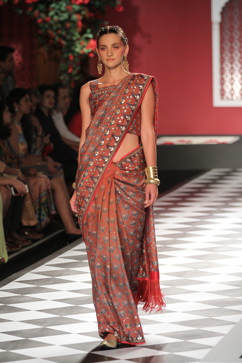 Anita Dongre Collection At India Couture Week 2016