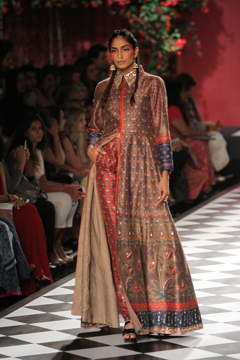 Anita Dongre Collection At India Couture Week 2016 | PK Vogue