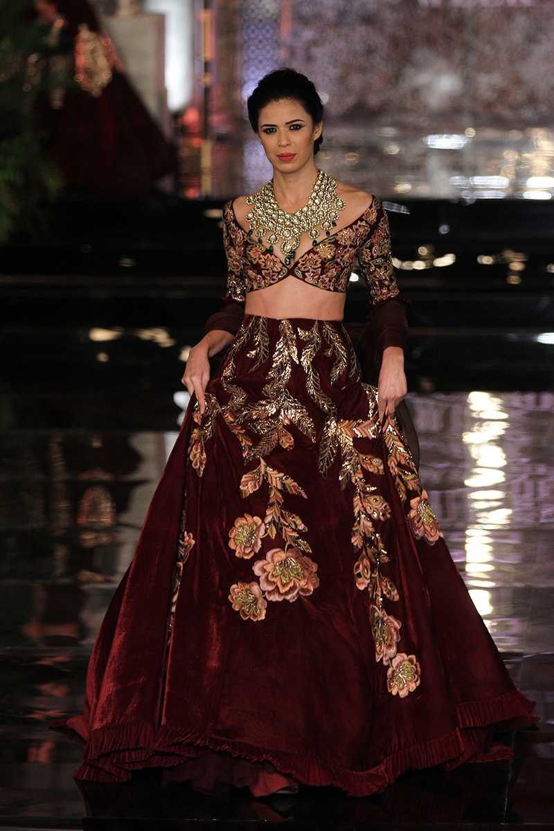 Manish-Malhotra-collection-india-couture-week-2016-27