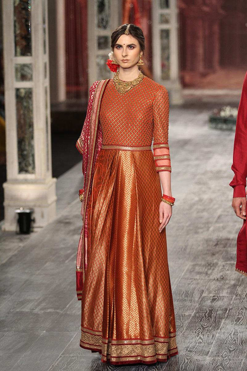 Tarun Tahiliani Collection At India Couture Week 2016 Pk
