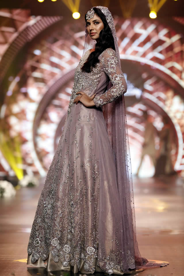 Asifa_Nabeel_Collection_Bridal_Couture_Week_2016-pkvogue.com-12