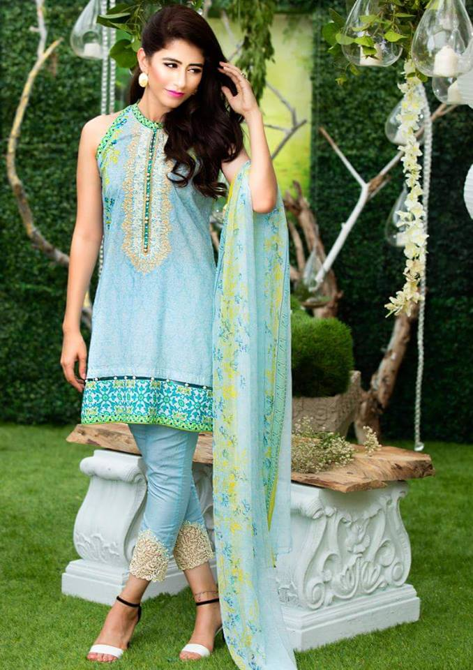 Chiffon Embroidery Collection by Alkaram-11