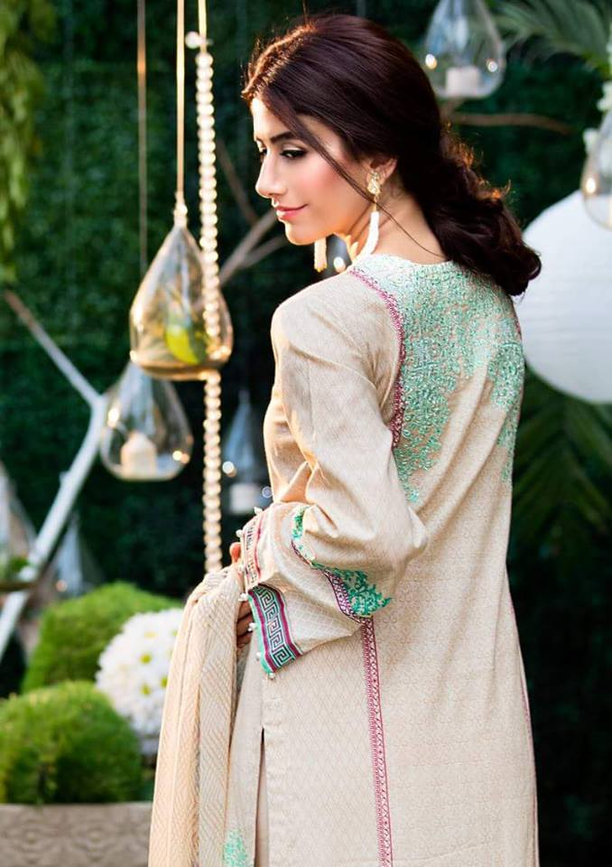 Chiffon Embroidery Collection by Alkaram-8
