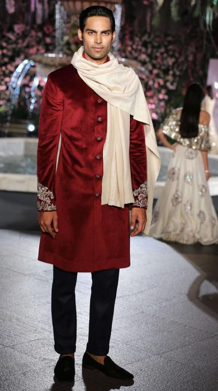 Etihad Airways presents Manish Malhotra-28