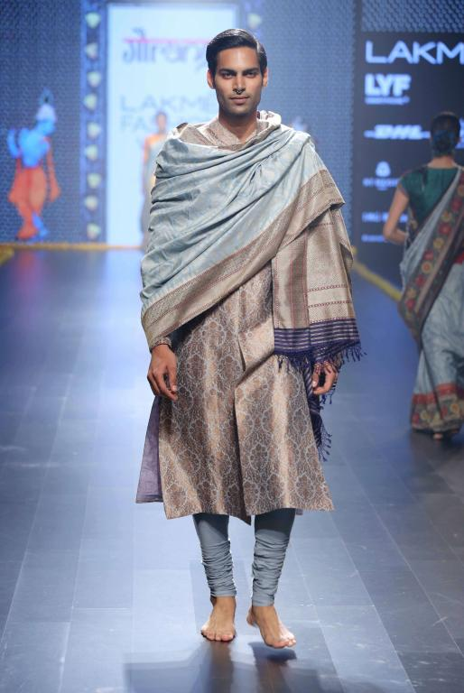 Gaurang-Collection-at-lakme-fashion-week-16