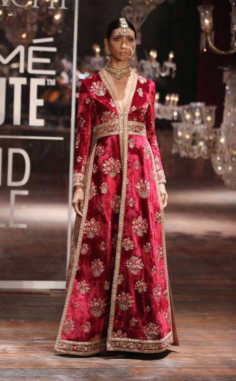 Lakme Absolute Grand Finale By Sabyasachi-at-lakme-fashion-week-28