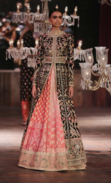 Lakme Absolute Grand Finale By Sabyasachi-at-lakme-fashion-week-30