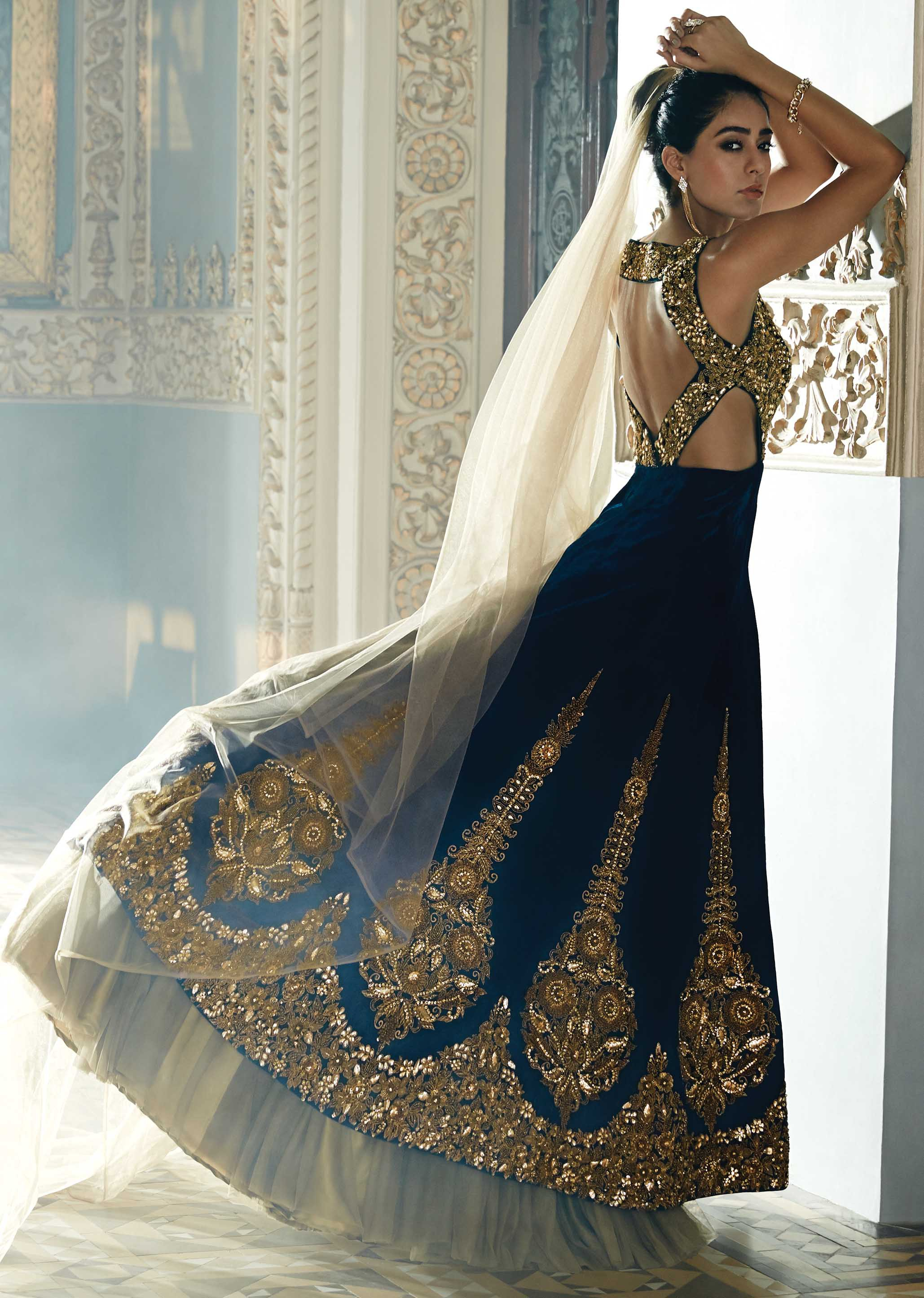 Magnificent Pakistani Bridal Lehenga Design 2016