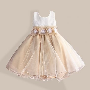 443c13bf08e Here we are shearing some elegant frock designs for little baby girls, Have  a look or select your favorite frock for your little angel.