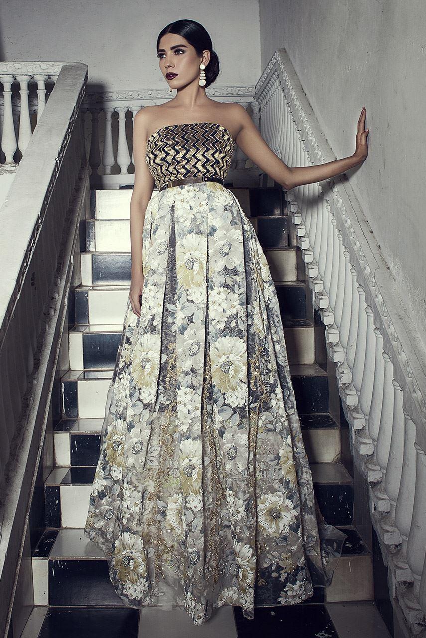 erum-khan-bridal-dresses-2017-11