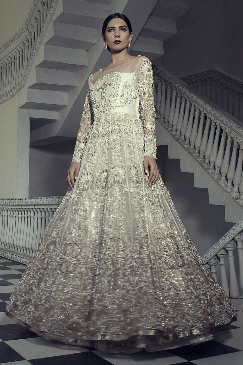 erum-khan-bridal-dresses-2017-12
