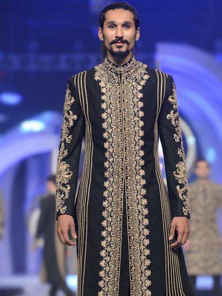 men-sherwani-designs-hsy-7