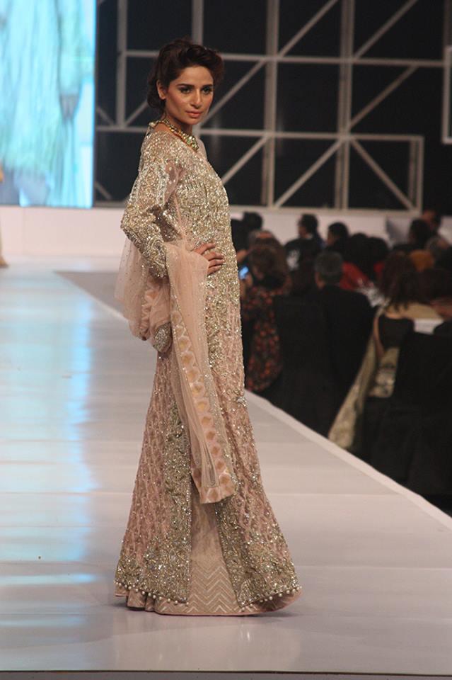 pakistani-bridal-dress-designs-14