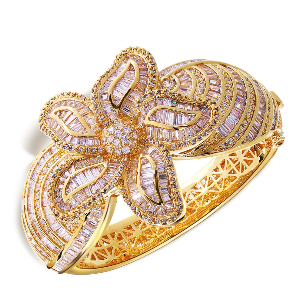 stylish-gold-stone-ring-designs-7