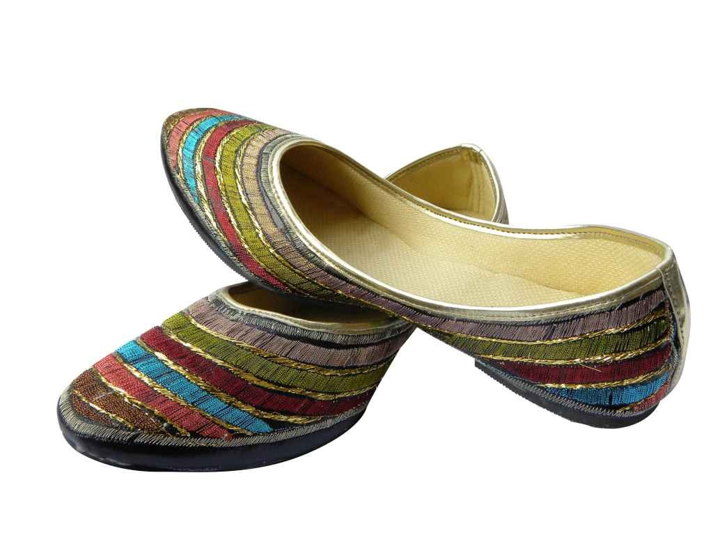 womens-beaded-embroidered-leather-khussa-shoes-2017-12