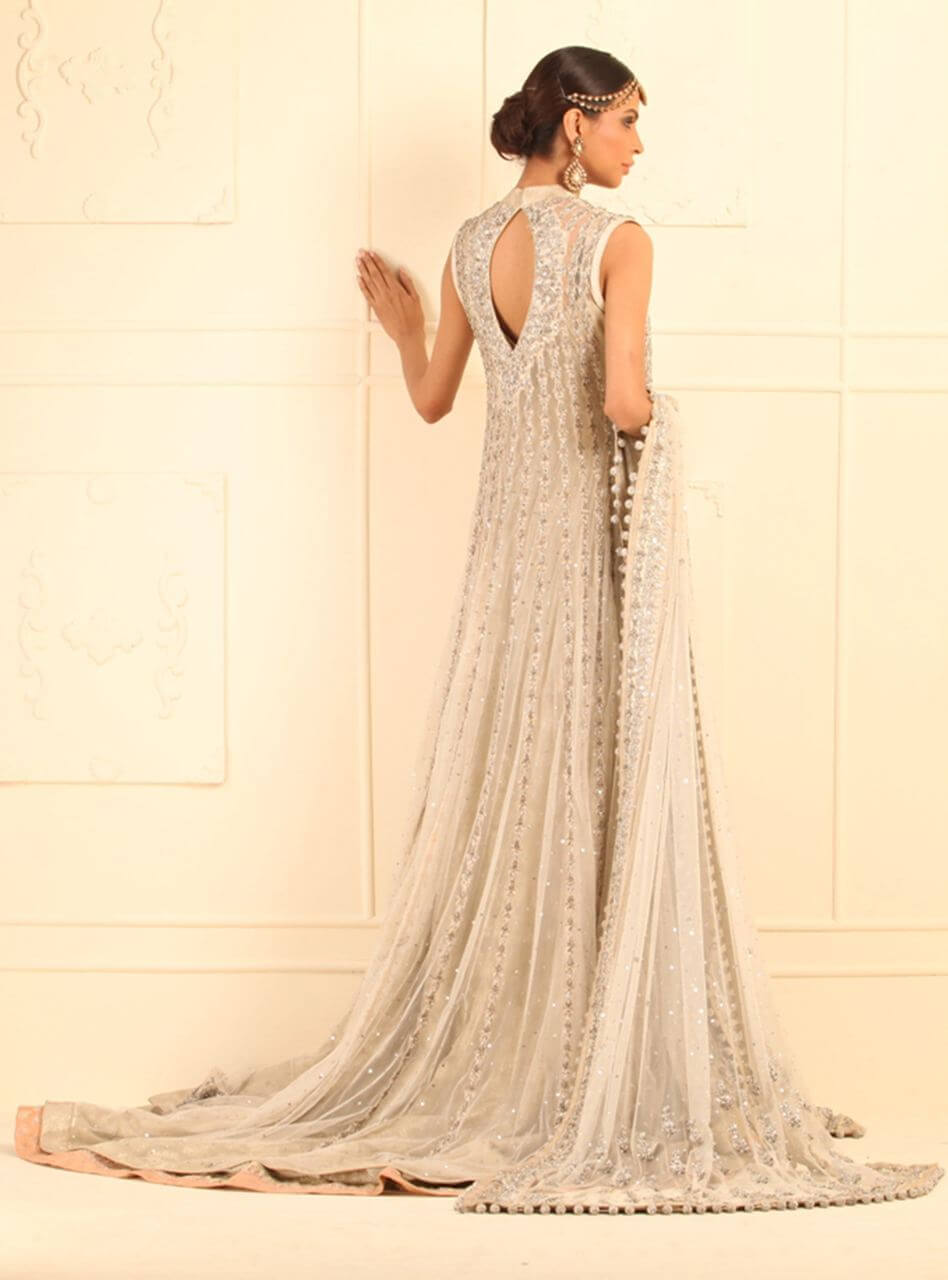 Zainab-Chottani-Bridal-dress-design-35
