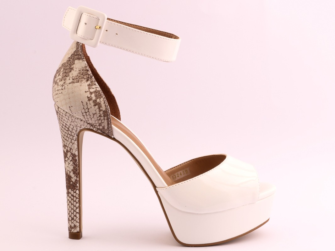insignia-women-shoes-eid-collection-14