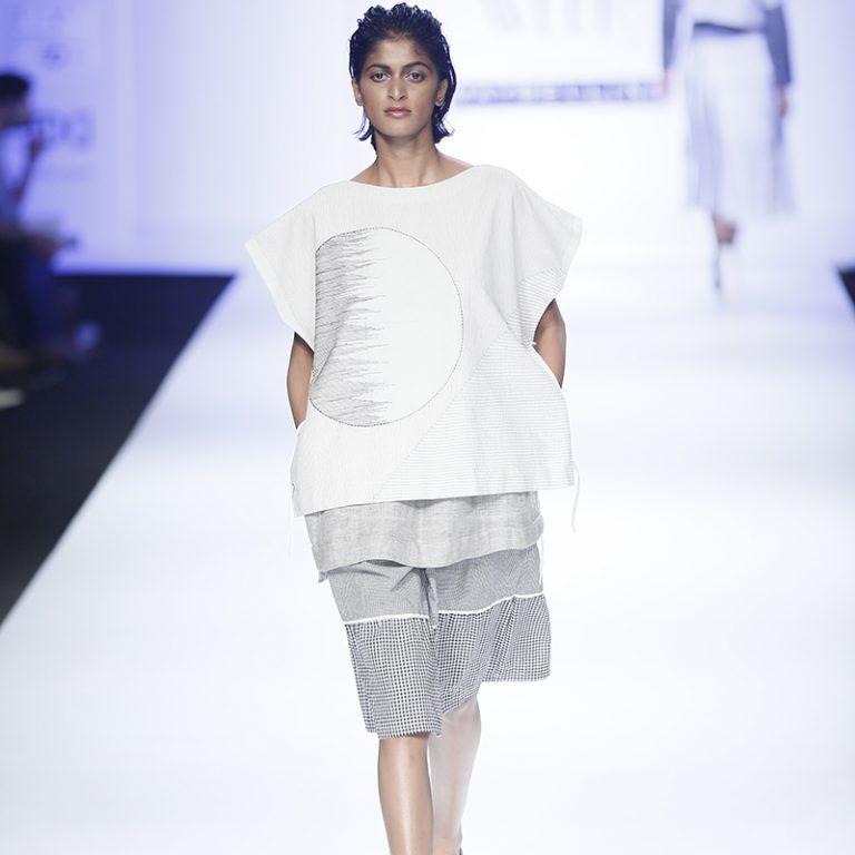 abhi-singh-at-amazon-india-fashion-week-2017-8