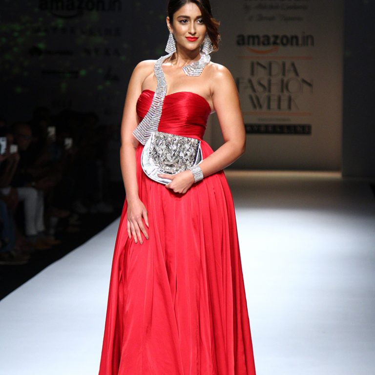 abhishek-kankaria-shrruti-tapuria-at-amazon-india-fashion-week-spring-2017-10