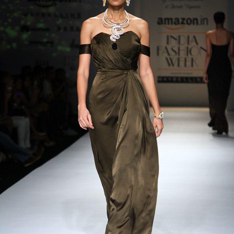 abhishek-kankaria-shrruti-tapuria-at-amazon-india-fashion-week-spring-2017-4
