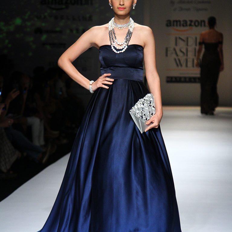abhishek-kankaria-shrruti-tapuria-at-amazon-india-fashion-week-spring-2017-5