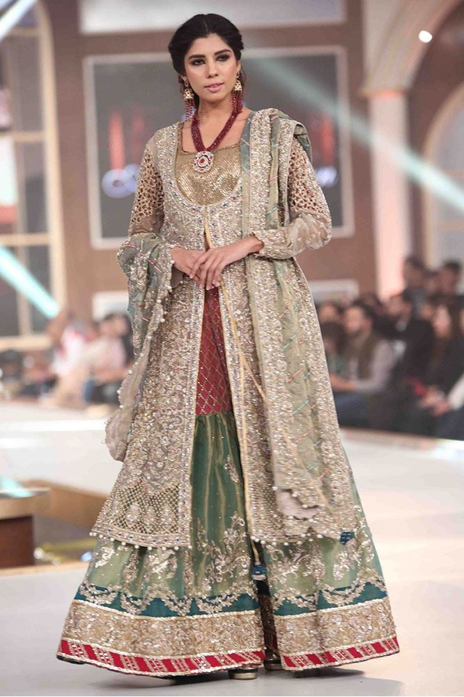 aisha-imran-bridal-dresses-2017-13