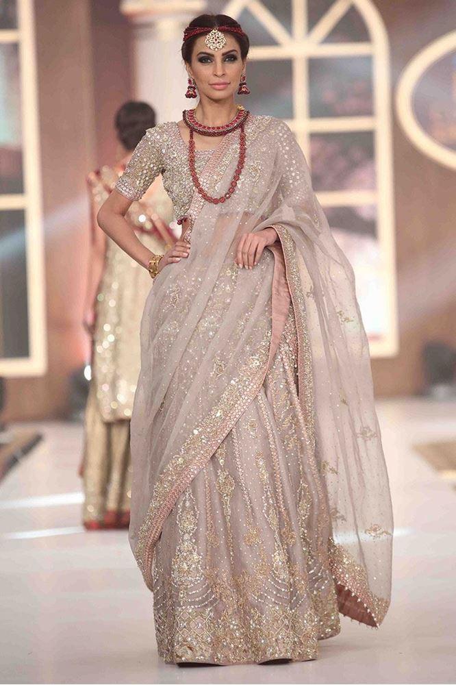 aisha-imran-bridal-dresses-2017-15