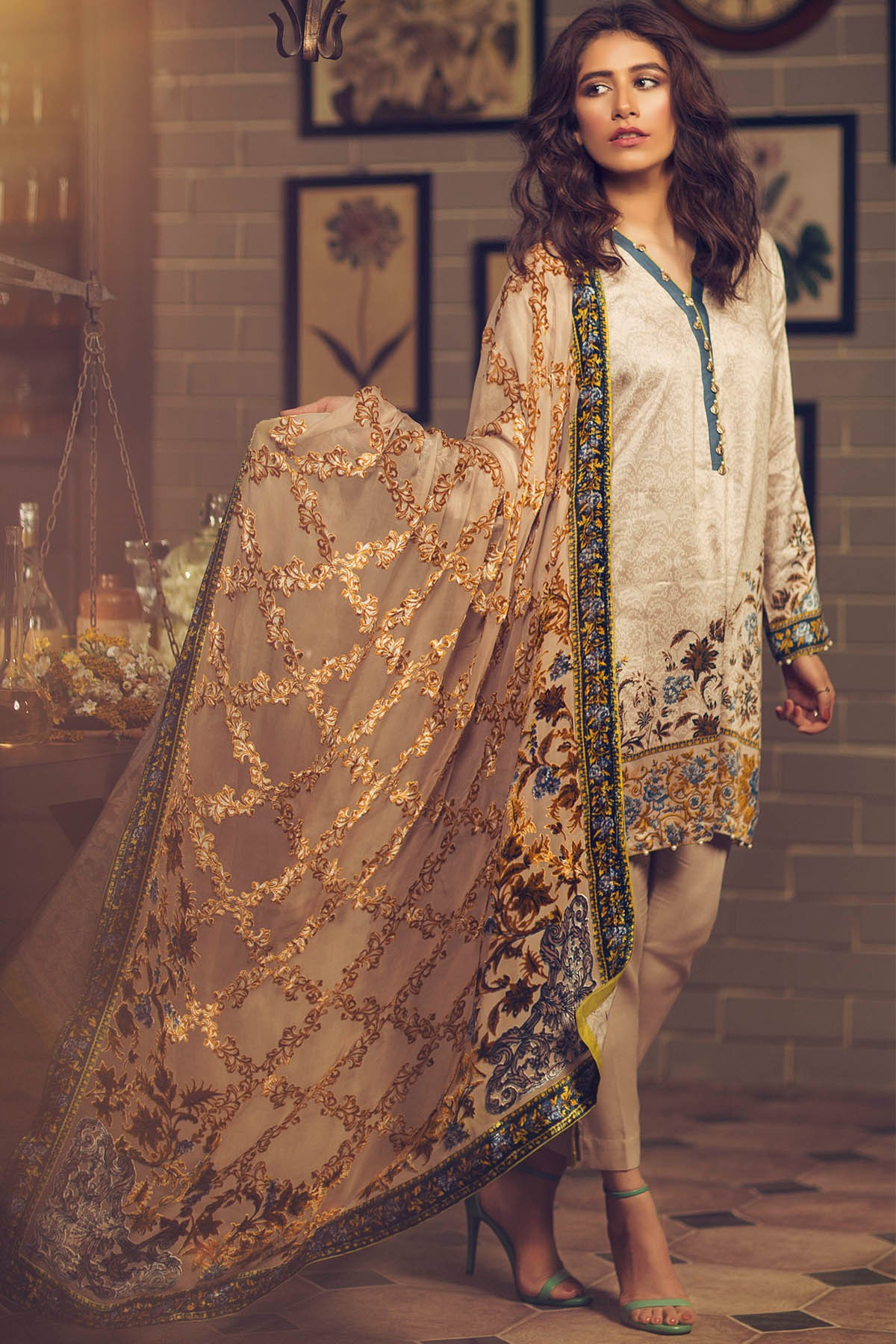 Alkaram Silk Velvet Dupatta Collection For Fall Winter