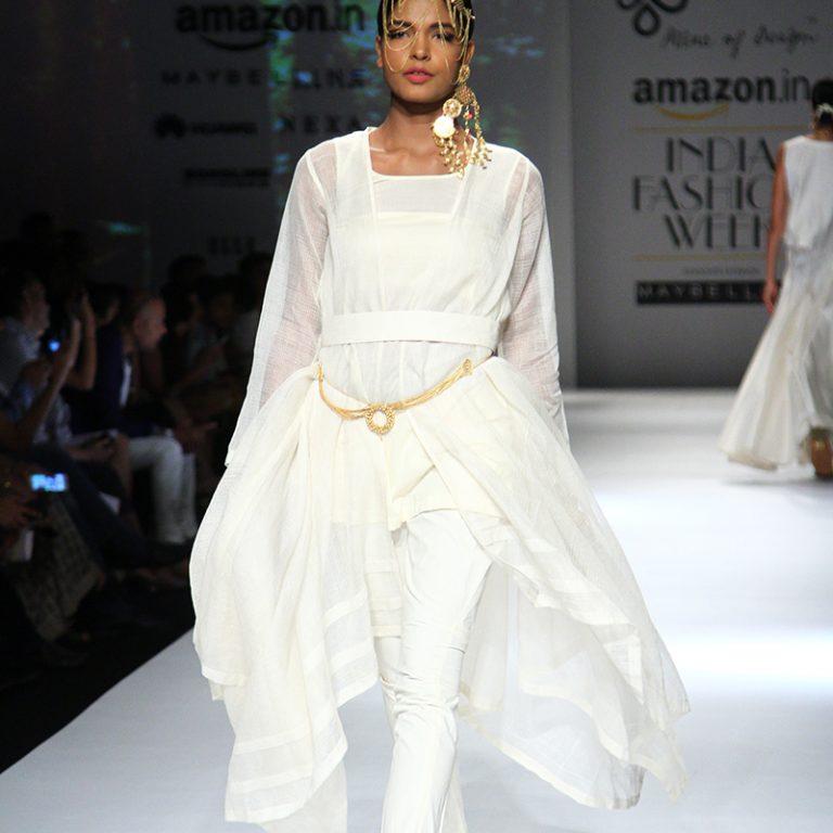ambar-pariddi-sahai-spring-collection-amazon-india-fashion-week-2017-15
