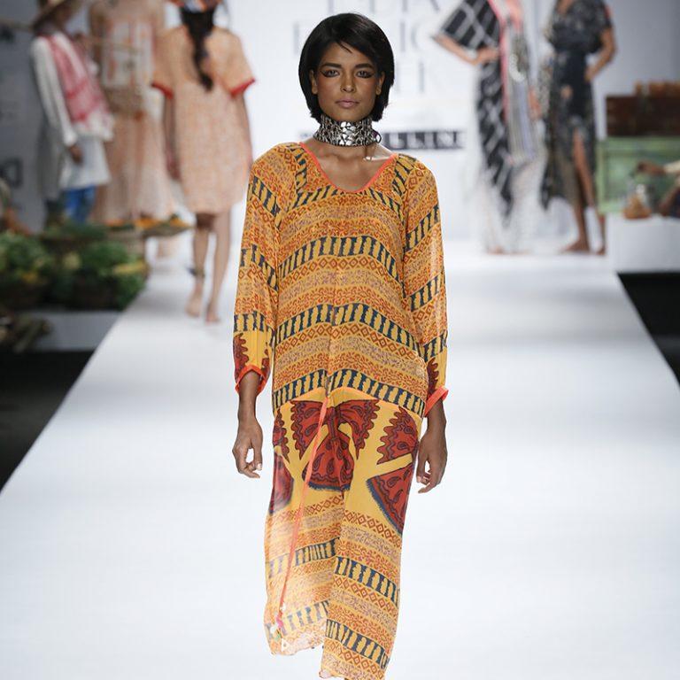 anupamaa-by-anupama-dayal-at-amazon-india-fashion-week-2017-20