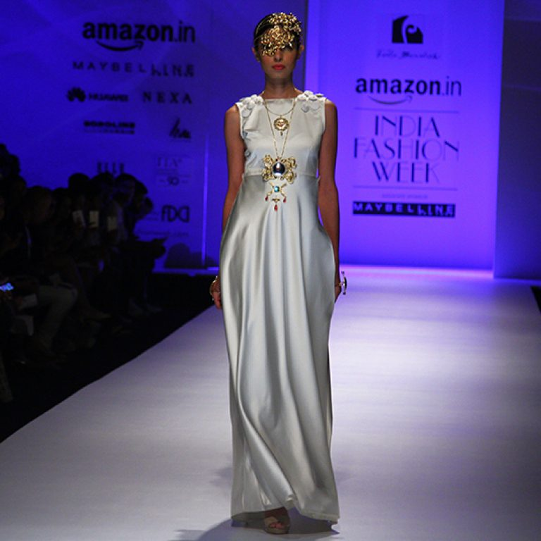felix-bendish-latest-collection-amazon-india-fashion-week-2017